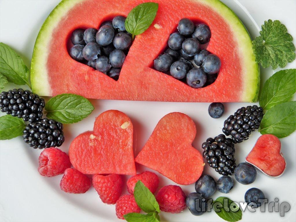 фрукты украсят рацион худеющего