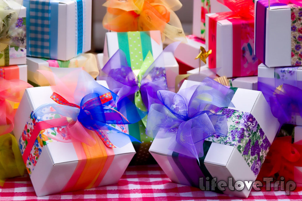 подарков никогда не бывает много