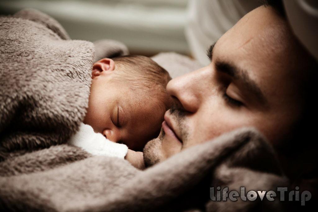 семейные фото с младенцем - источник нежности