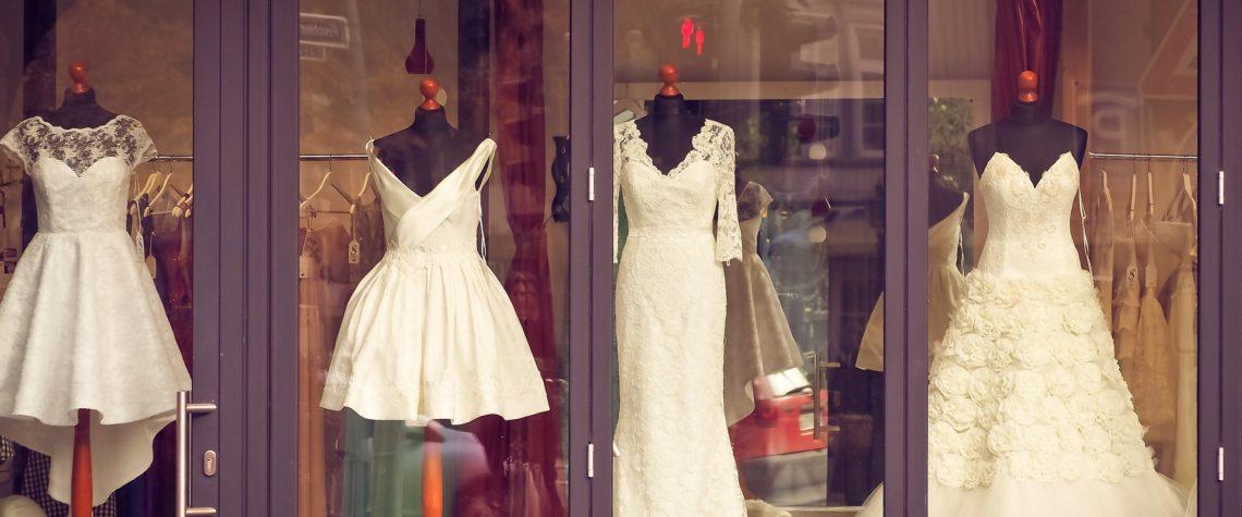 современные свадебные платья не обязательно должны быть длинными