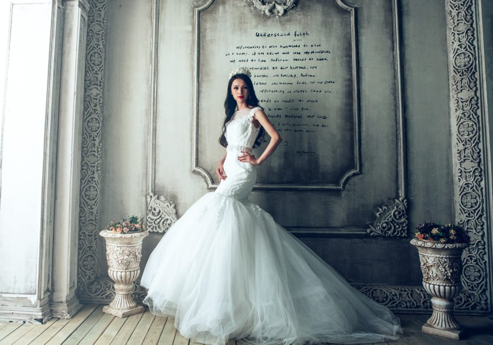 """платье в стиле """"русалка"""" подойдет для высоких и стройных невест"""