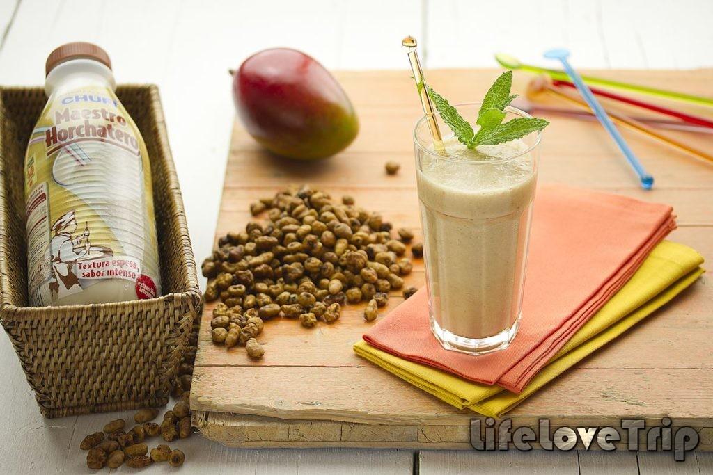 легкий молочный напиток прекрасно утоляет жажду