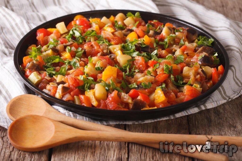 тушеные овощи вкусные и не наносят вред фигуре