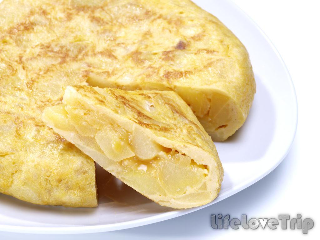 летняя тортилья с картошкой очень питательная