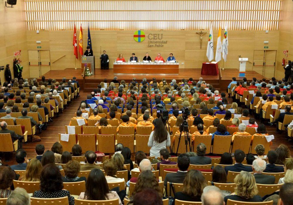 Получить религиозное образование в Испании достаточно просто.
