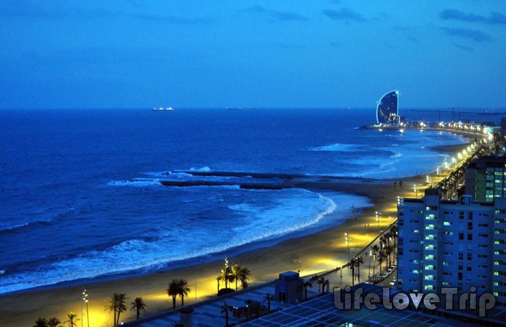 близость моря увеличивает привлекательность недвижимости в Испании