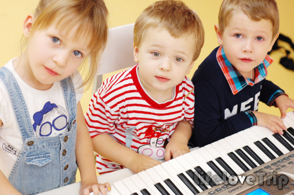 Групповые занятия - важнейший элемент дошкольного воспитания.