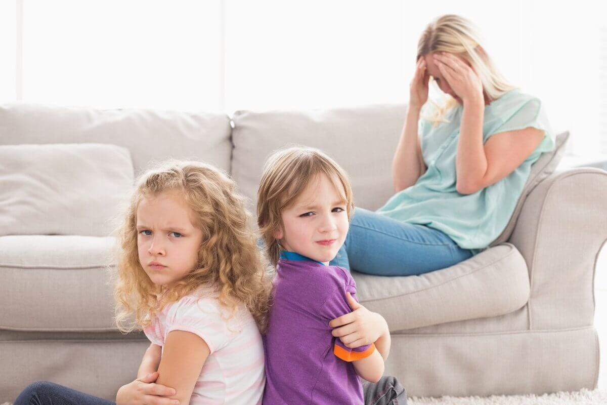 Не занимайте ничью сторону во время ссоры детей.