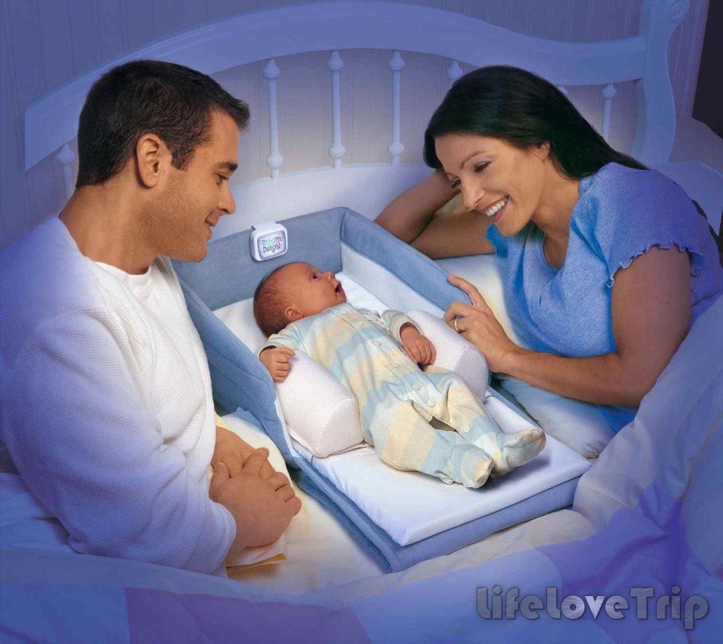 Спи с ребенком мать не отдыхает.