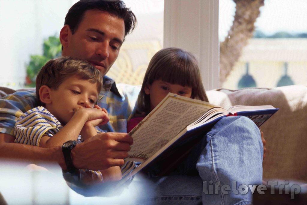 Постарайтесь делать что-то вместе с ребенком - это укрепляет взаимоотношения.