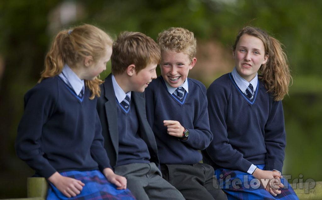 Частные школы предложат ребенку большое количество полезных факультативов.