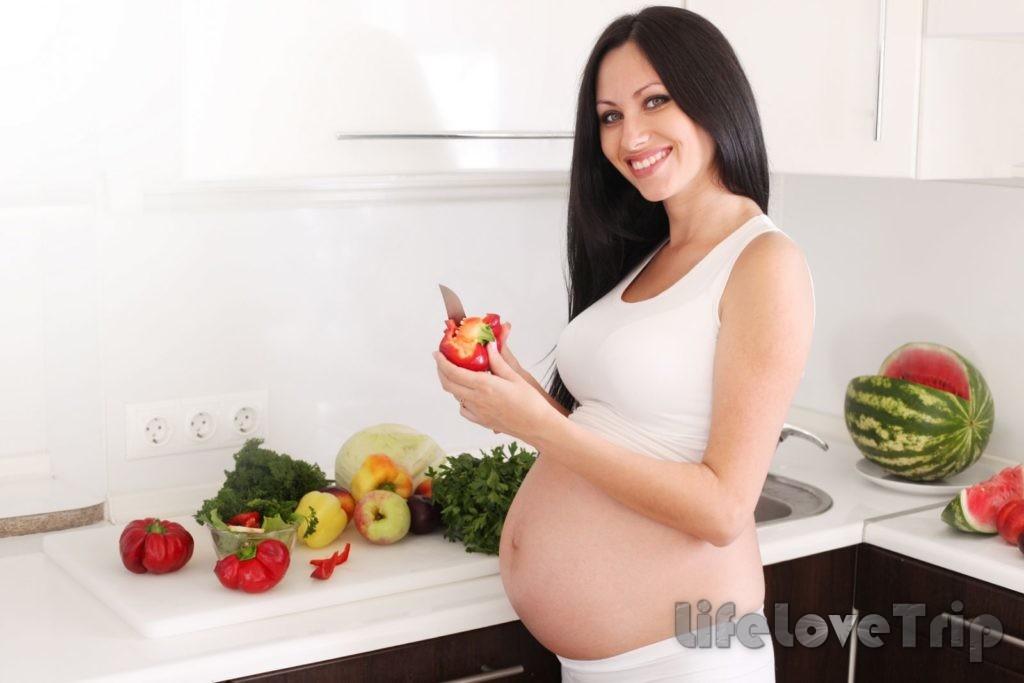 Не забывайте, овощи при беременности помогут получить достаточное количество витаминов.