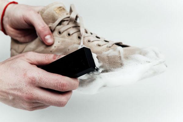 как сушить замшевую обувь зимой