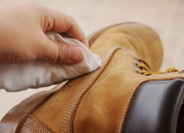 чем обработать замшевую обувь на зиму